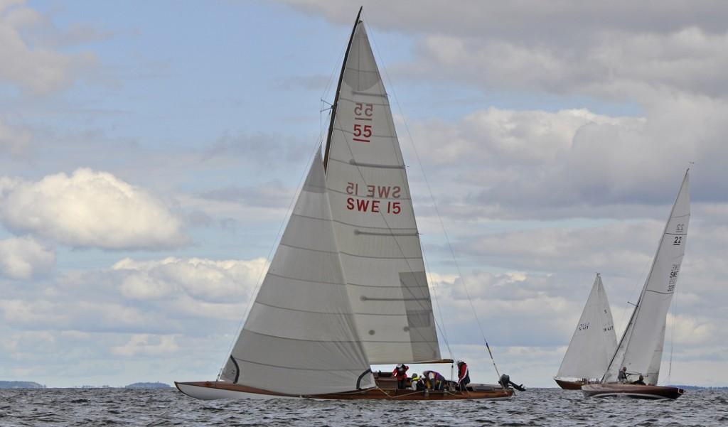 SK55 SWE15 Ninni. Jubileumsregattan, kappsegling Olympiabanan 21 juli. Classic Boat Meet 20-24 juli 2012, Nynäshamn.